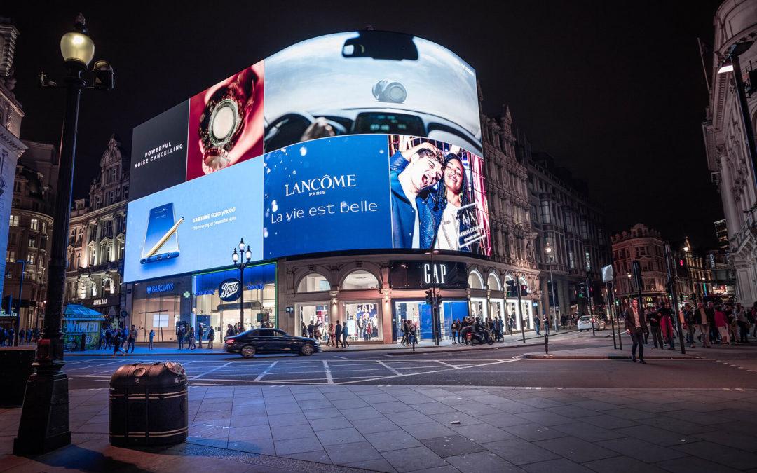 Jakie monitory do wyświetlania reklam wybrać?